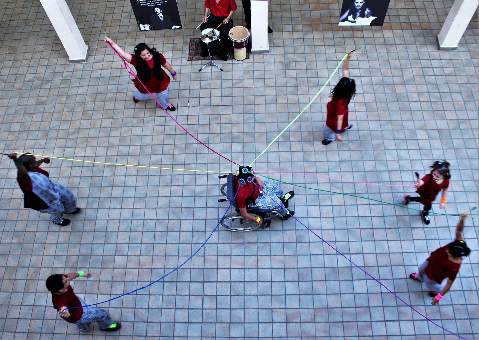 Cia. de Dança Sem Fronteiras Traços e Traçados Urbanos no Sesc Parque Dom Pedro II
